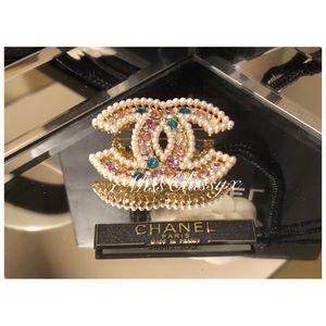 Authentic CHANEL CC Pearl Swarovski Crystal Brooch